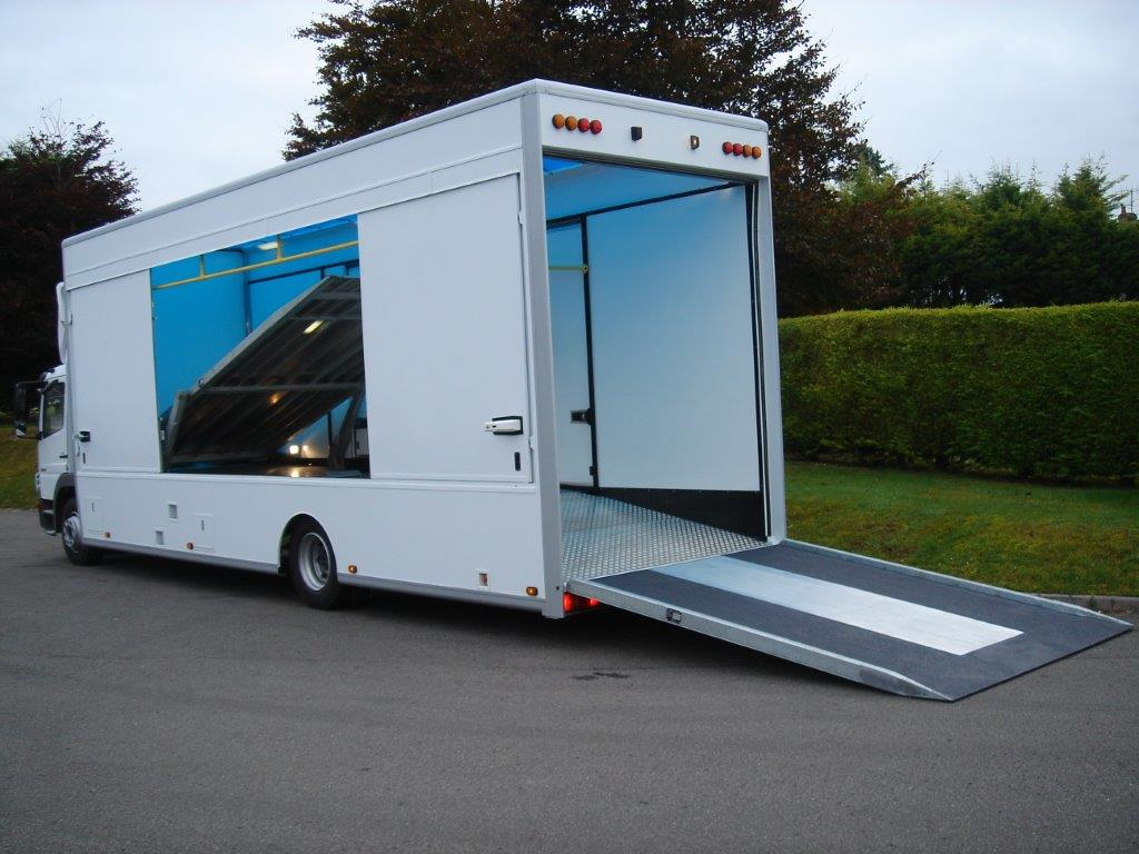 Covered Car Transporter Trailer For Sale
